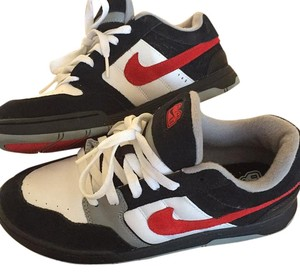 Nike Black/Red/White Athletic