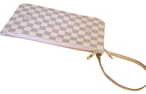 Louis Vuitton Rose Ballerine Neverfull Clutch