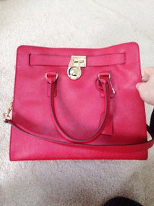Michael Kors Tote in Chili Red