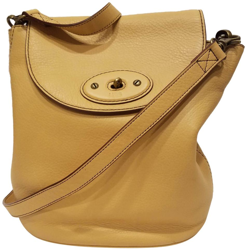 b25a4b4b7aa UGG Australia Crossbody Brooklyn Chardonnay Leather Tote 66% off retail