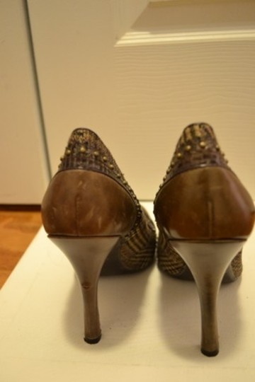 Guess By Marciano Pumps Image 2
