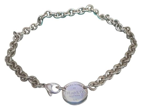 Preload https://img-static.tradesy.com/item/15597781/tiffany-and-co-sterling-silver-return-to-oval-tag-choker-necklace-0-2-540-540.jpg