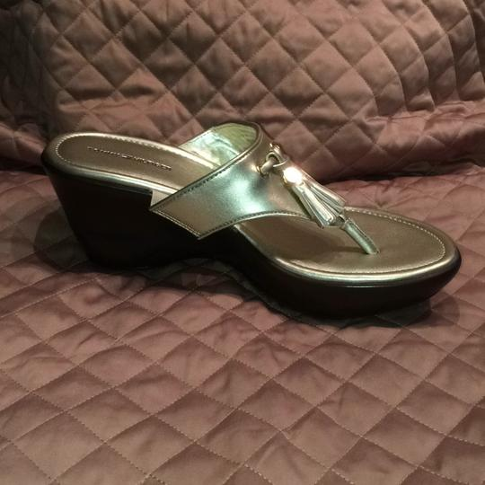 Tommy Hilfiger Gold Mules Image 2