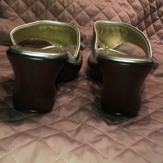 Tommy Hilfiger Gold Mules Image 8