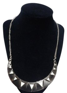 Other Triangles statement necklace