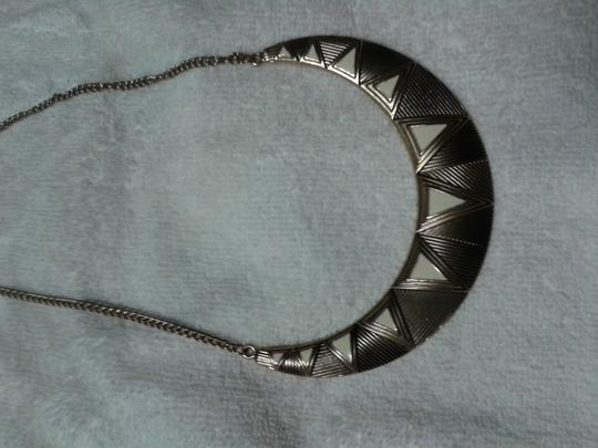 Other Triangles statement necklace Image 2