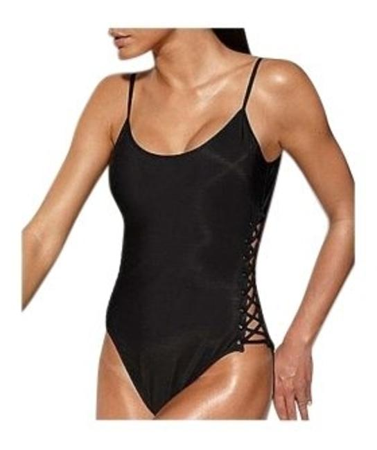 Preload https://img-static.tradesy.com/item/156018/shape-fx-swimsuit-control-corset-like-at-color-white-one-piece-bathing-suit-size-10-m-0-0-650-650.jpg