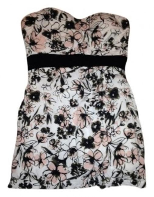 Preload https://item5.tradesy.com/images/forever-21-pink-floral-print-strapless-and-black-mini-cocktail-dress-size-6-s-15604-0-0.jpg?width=400&height=650