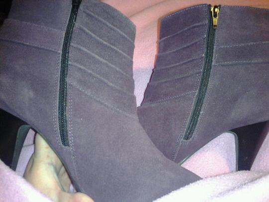 Avon Never Been Eggplant Fun Casual Fllirty Purple Boots Image 4