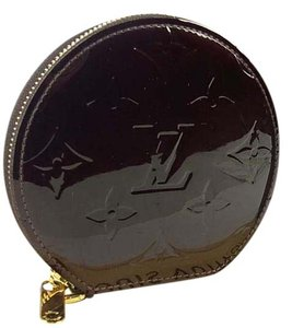 Louis Vuitton LOUIS VUITTON Vernis Monogram Patent Leather Amarante Coin Case Round Small wallet