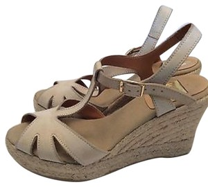 Kanna Tan Wedges