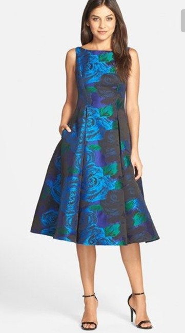 Item - Blue Boat Neck Fit and Flare Formal Bridesmaid/Mob Dress Size 4 (S)