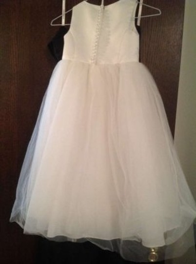 David's Bridal Ivory Flower Girl Dress S1038