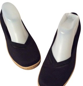 Grasshoppers Black Wedges