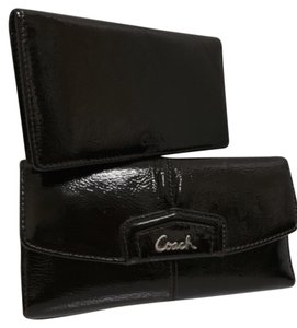 Coach New Coach ASHLEY PATENT Leather Checkbook WALLET 45302