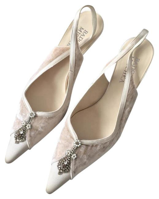 Item - Cream and Silver Formal Shoes Size US 7 Regular (M, B)