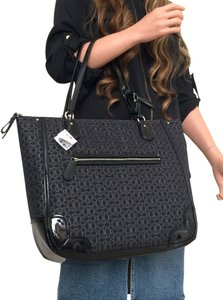 Coach Poppy Lurex Signature Tote in black