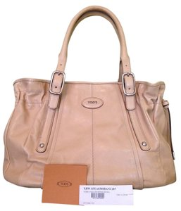 Tod's Tote in Beige