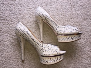 Enzo Angiolini Pearl & Silver Pumps Size US 8.5 Regular (M, B)