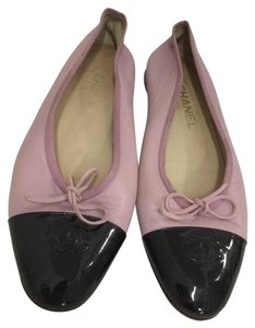 Chanel Ballet Flat Pink with Black patent leather cap toe Flats
