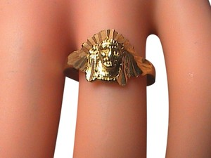 Vintage 14k Yellow Gold Diamond-Cut Indian Head Ring