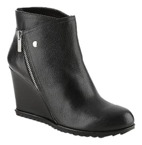 Kenneth Cole Reaction Leather Wedge Black Boots