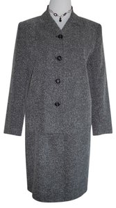 Sag Harbor Sag Harbor Tweed style Skirt suit. Excellent condition. Size:12. RN#51735.