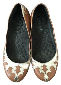Boutique 9 Tan Flats