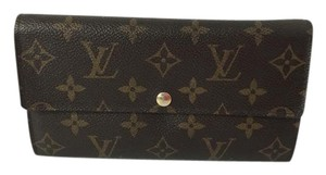 Louis Vuitton Authentic Louis Vuitton Sarah Portefeuille Long Wallet with Box.