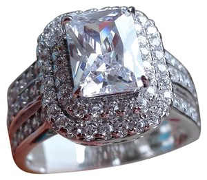 Other New 2.35ct AAA CZ & White Topaz & .925 Sterling Silver Ring 7
