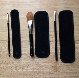 Chanel Chanel Set Of 3 Brushes