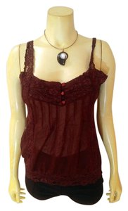bebe P2058 Size Medium Top burgundy