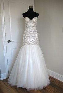 Essense Of Australia 5823 Wedding Dress