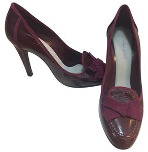 Moschino Burgundy Pumps