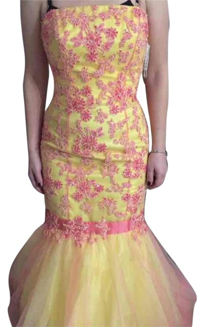Item - Pink and Yellow Long Casual Maxi Dress Size 6 (S)