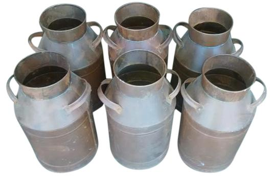 Preload https://img-static.tradesy.com/item/15621964/brown-6-new-metal-pottery-with-handles-0-1-540-540.jpg