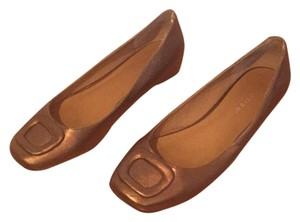 Kenneth Cole Reaction Bronze Flats