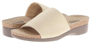 Munro American Aquarius Wedge Coconut Sandals