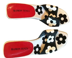 Ramon Tenza Black and white daisy with watermelon clear heels Sandals
