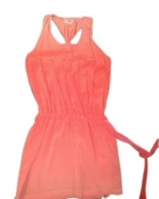 Preload https://img-static.tradesy.com/item/15626/gypsy05-peach-ombr-silk-tank-with-twisted-back-detail-above-knee-short-casual-dress-size-8-m-0-0-650-650.jpg