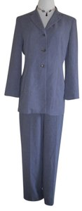 INC International Concepts I.N.C pants suit. Excellent condition. (Size: 10.) Suit is lined! WPL#8046.