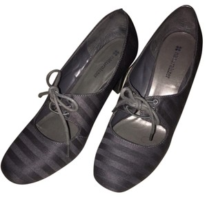 Naturalizer Gray Mules