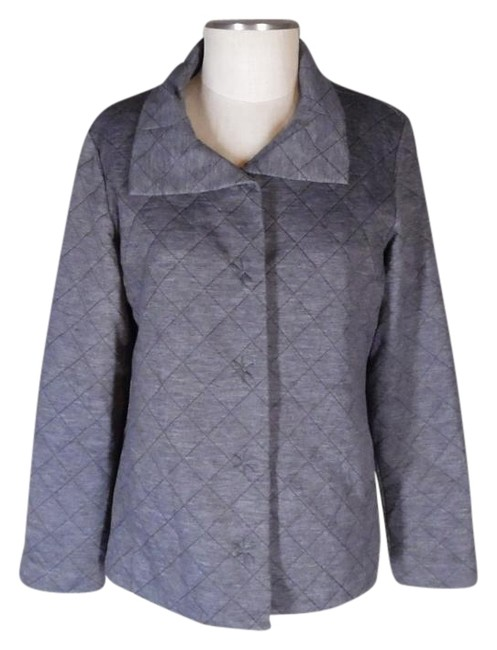 Preload https://img-static.tradesy.com/item/15628993/chico-s-gray-zenergy-quilted-activewear-jacket-size-8-m-29-30-0-1-650-650.jpg