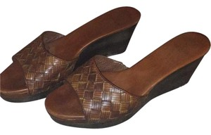 Cole Haan Brown Wedges
