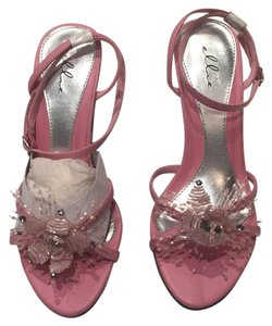 Ellie Shoes Adorned Flower Sequins Beaded Embellished Pink Formal