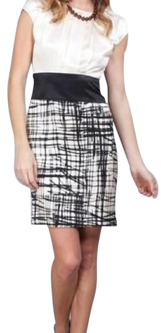BCBGMAXAZRIA Black and Ivory Nll6e705-003 Above Knee Short Casual Dress Size 6 (S) BCBGMAXAZRIA Black and Ivory Nll6e705-003 Above Knee Short Casual Dress Size 6 (S) Image 1