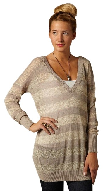 Preload https://img-static.tradesy.com/item/15629938/anthropologie-gray-willow-and-clay-striped-sweaterpullover-size-12-l-0-1-650-650.jpg