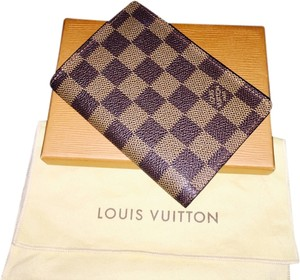 Louis Vuitton Louis Vuitton Passport Cover Damier Ebene