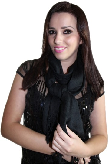 Preload https://item2.tradesy.com/images/black-cozy-fringed-scarfwrap-1563021-0-0.jpg?width=440&height=440