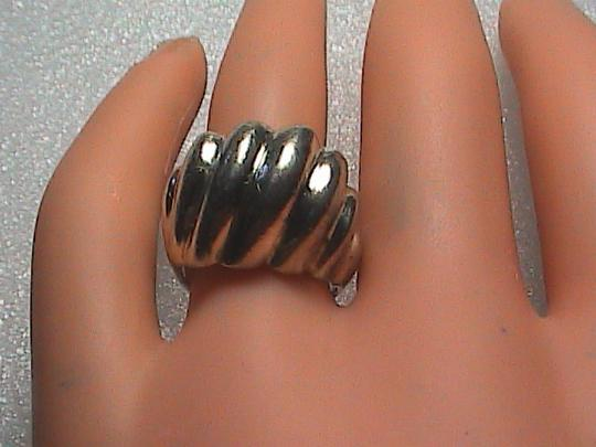 Vintage Sterling Silver Ribbed Dome Ring